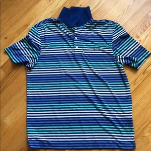Vineyard Vines performance polo. Size M